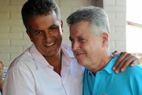 Henrique Oliveira, representante da LN em Brasília, ao lado do governador Rodrigo Rollemberg