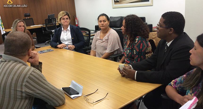 Deputada Celina Leão recebe superendividados do GDF junto ao BRB