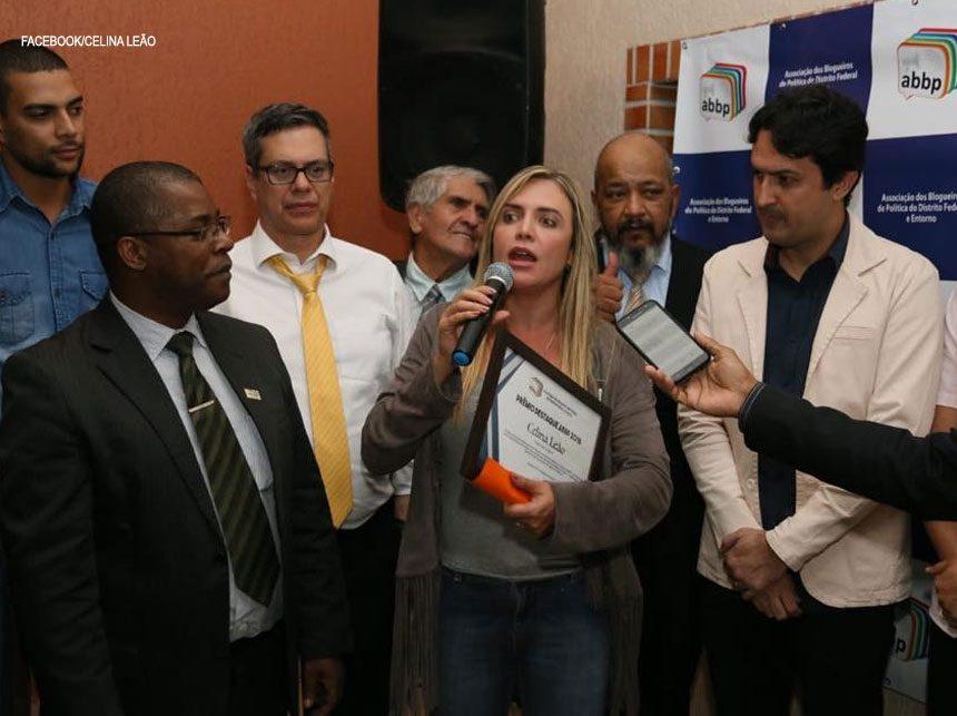 Em confraternização da ABBP, personalidades políticas endossam importância dos blogueiros no DF