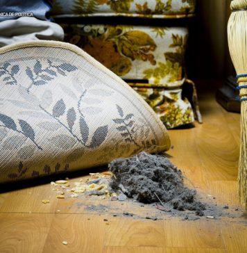 debaixo do tapete